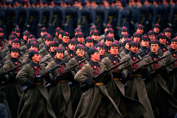 Историческое шествие на Красной площади. СССР, Москва, 1987 год.