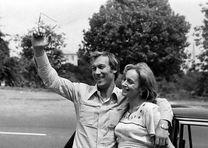 Олег Янковский и Ирина Купченко на съемках художественного фильма Поворот в августе 1978 года.