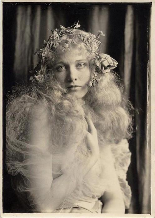Известная американская актриса, которую называли Богиня немого кино.