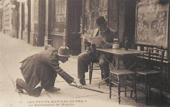 Собиратель окурков. Париж, 1900-е годы.