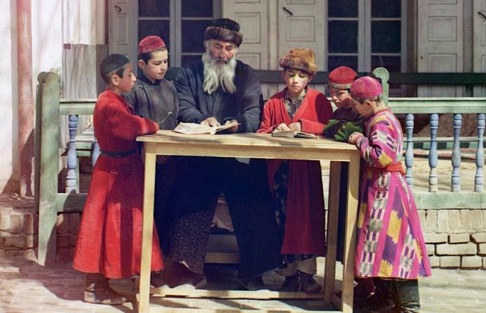 Бухара и её жители на фотографиях известного фотографа Прокудина-Горского.