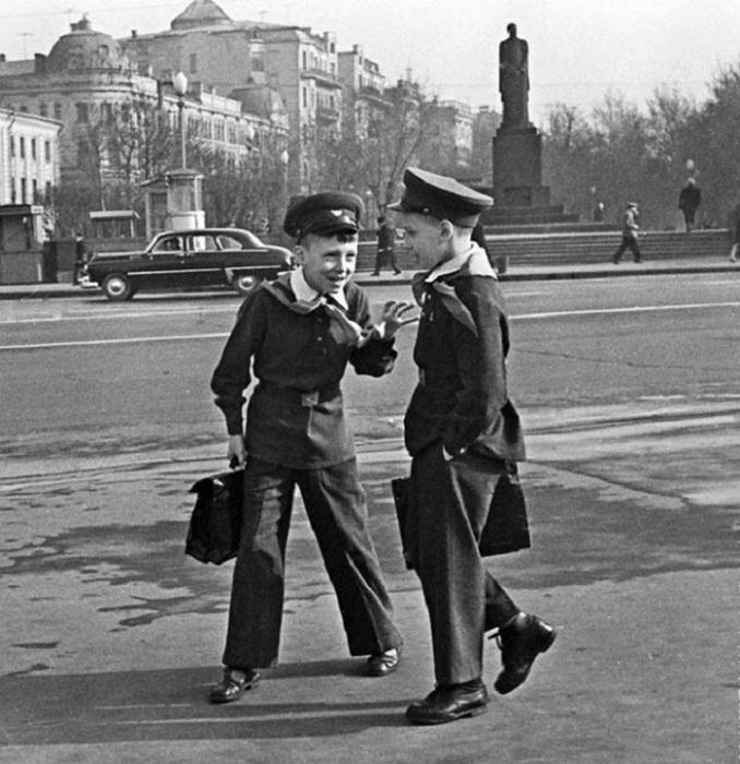 Московские школьники в 1963 году.