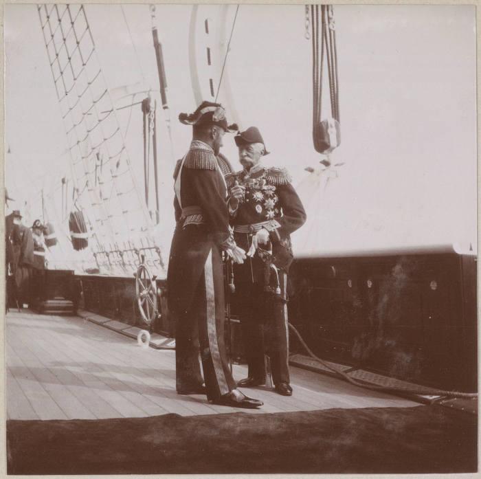 Император Николай II в форме Адмирала.