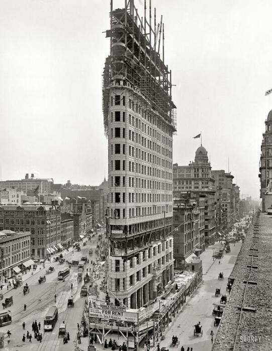 Строительство Флэтайрон-Билдинг. США, Нью-Йорк, 1902 год.