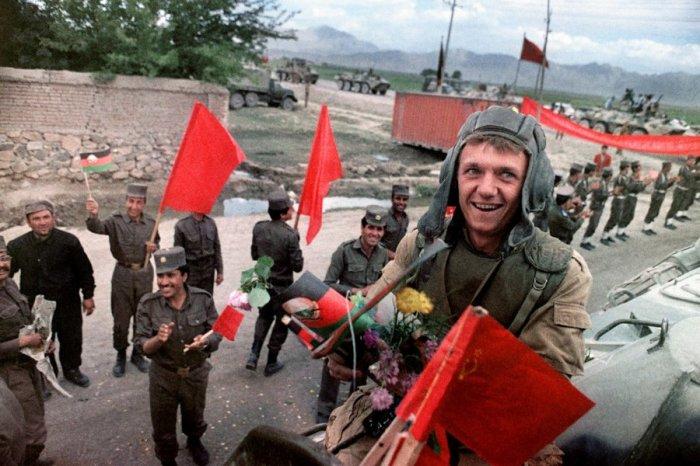 Начало вывода советских войск из Афганистана, май 1988 года.