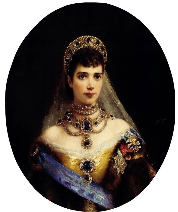 Портрет императрицы Марии Федоровны, написанный художником Константином Егоровичем Маковским.