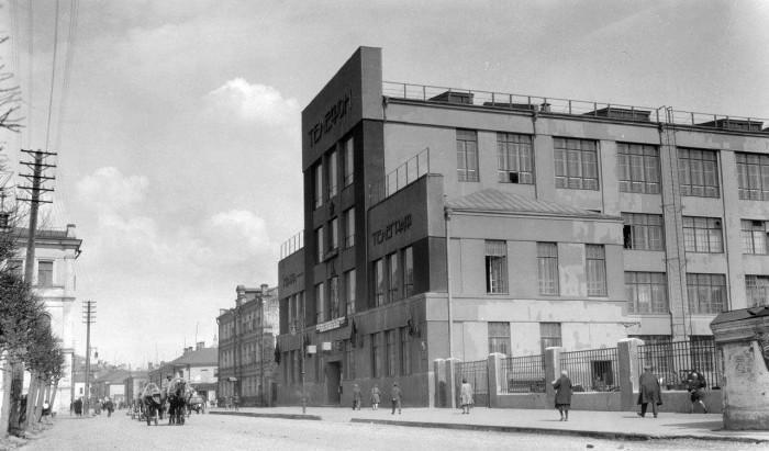Первая автоматическая телефонная станция. СССР, Москва, 1920-е годы.