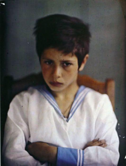 Сын писателя Вадим Андреев в 1909 году.
