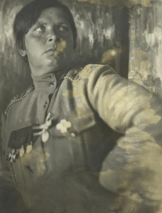 Одна из первых русских женщин-офицеров.