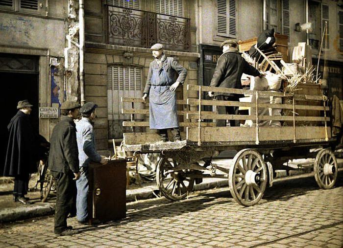 Эвакуация в тыл. Франция,Реймс, 1917 год.