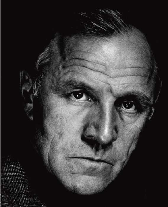 Советский и российский актёр, режиссёр театра и кино, театральный деятель.