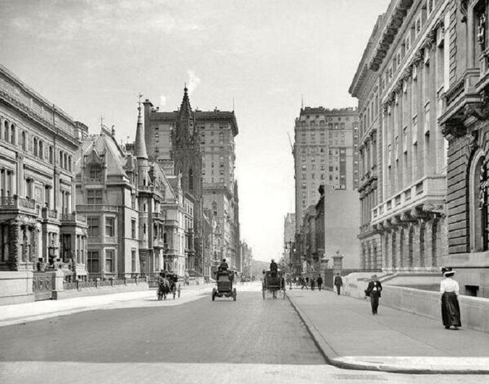 Одна из улиц в Нью-Йорке в 1908 году.
