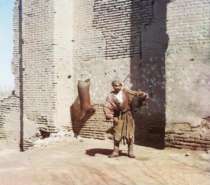 Водонос. Самарканд, начало 20 века.