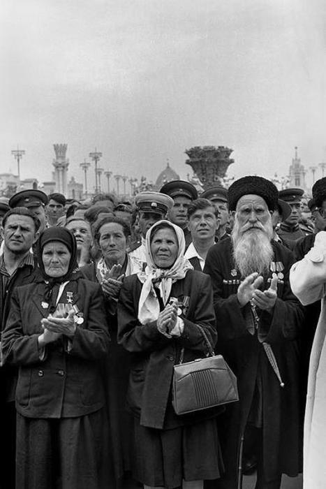 Открытие выставки достижений народного хозяйства. СССР, Москва, 1954 год.
