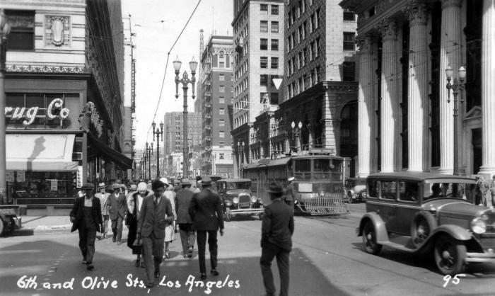 6-я улица и Оливера-стрит. США, Лос-Анджелес, 1930 год.