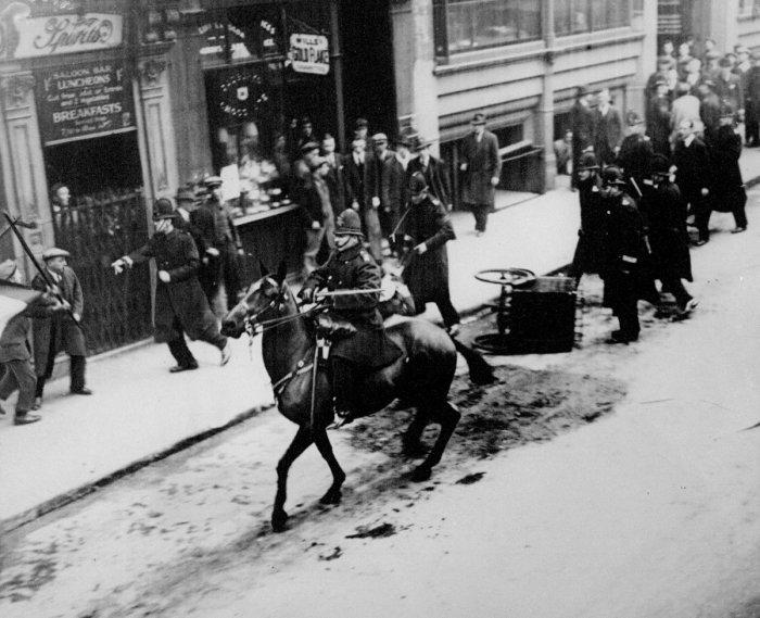 Массовые беспорядки в центре в Лондоне,  23 марта 1930 года.