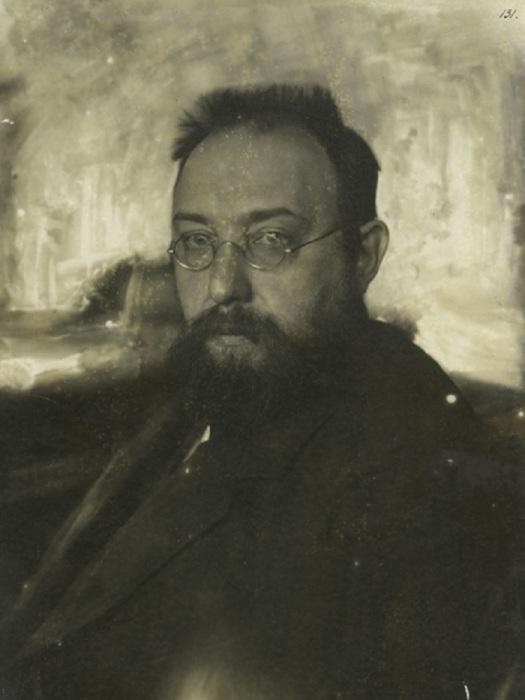 Российский революционер, большевик, советский партийный и государственный деятель, этнограф, публицист.