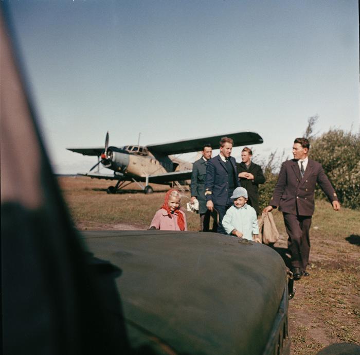 На аэродроме неподалеку от Таллина.  СССР, Эстония, 1960-е годы.