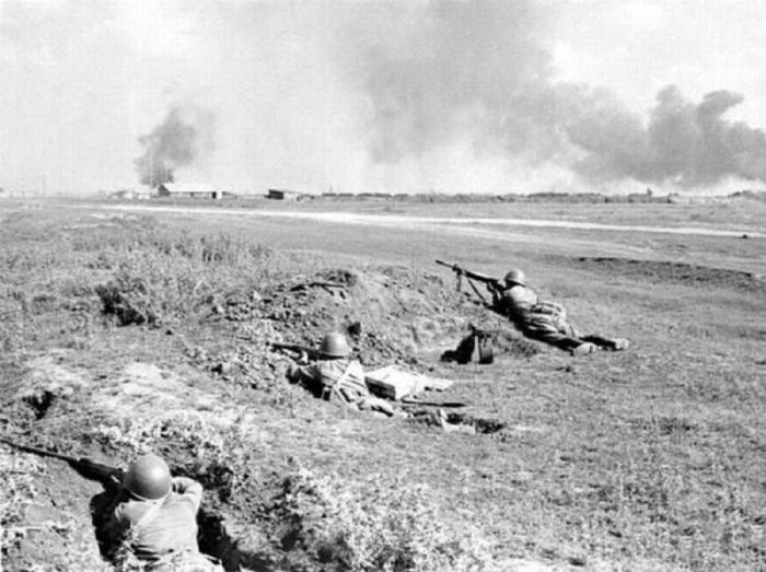 Отрывка и маскировка одиночных окопов для стрельбы под огнём противника.