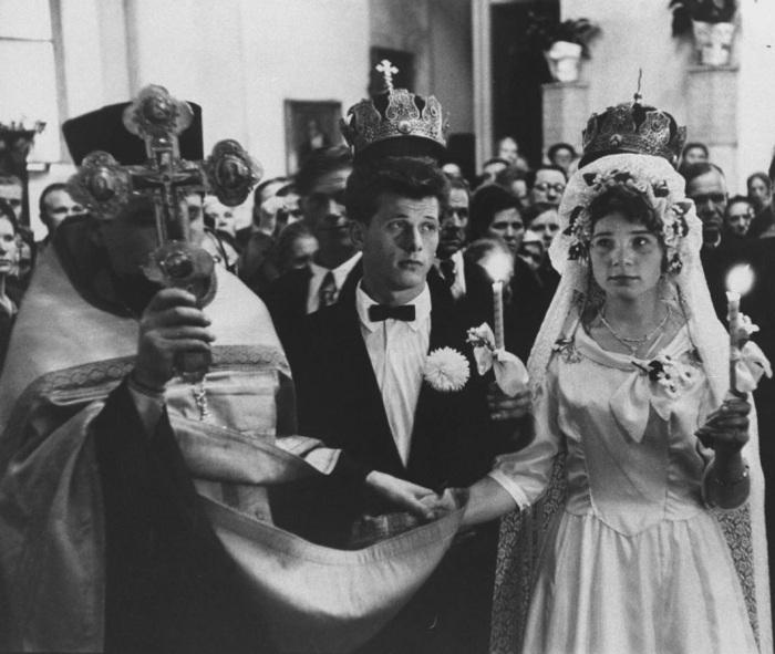 Венчание в церкви. СССР, 1958 год.