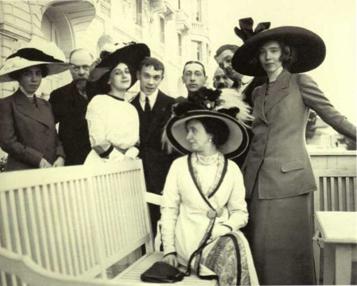 Сергей Дягилев с друзьями в Ницце в 1911 году. Фото: «А.Боткин».