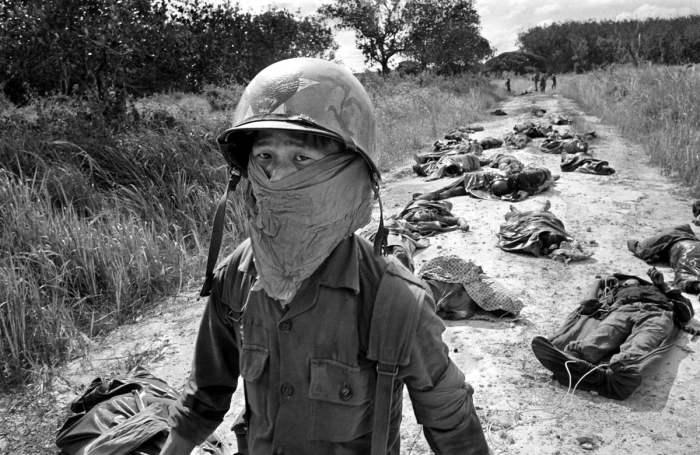 Уникальные ретро фотографии, сделанные военными корреспондентами во время войны во Вьетнаме.