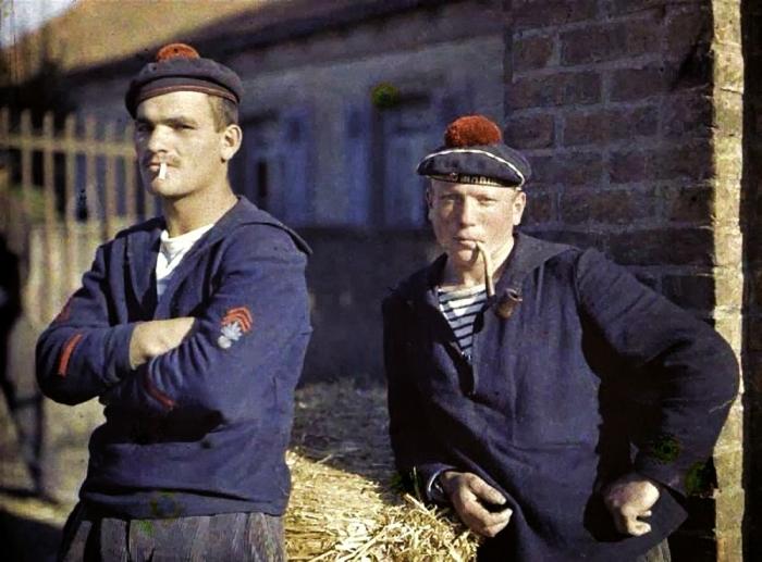 Два морских пехотинца. Бельгия, 1917 год.
