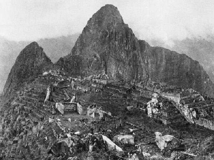 Первое фото после открытия Мачу-Пикчу в 1912 году.