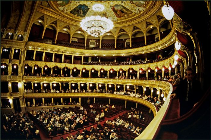 Первый театр в Одессе по времени постройки, значению и известности.