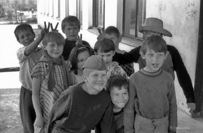 Беззаботное детство времен СССР. СССР, Новокузнецк, 11 мая 1987 года.