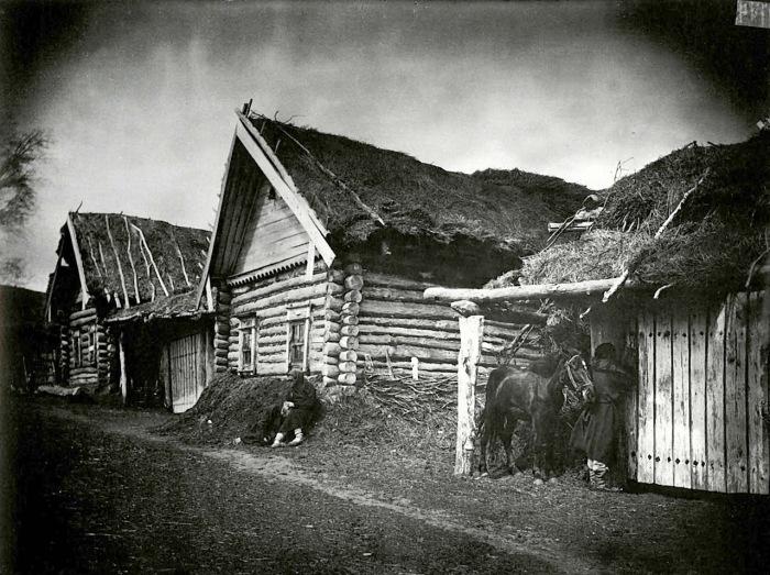 Изба крестьянина Савойкина, умершего от голода, в городе Лукоянове.
