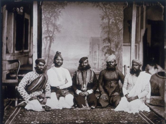 Групповое фото местной знати. Джайпур, примерно 1857 год.