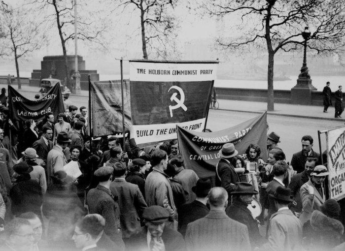 Первомайская демонстрация коммунистов в Гайд-парке в Лондоне, 1 мая 1936 год.