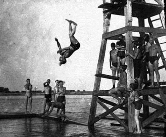 Отдых на воде. Кировская область, 1932 год.