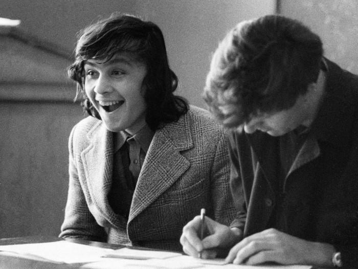Абитуриент на экзамене в МАИ. СССР, Москва, 1977 год.