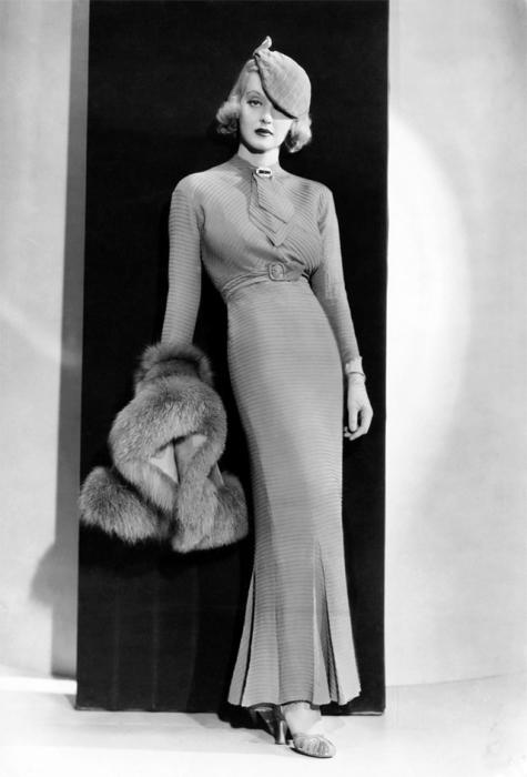 Американская актриса, первая в истории мирового кинематографа, номинированная на 10 Оскаров.