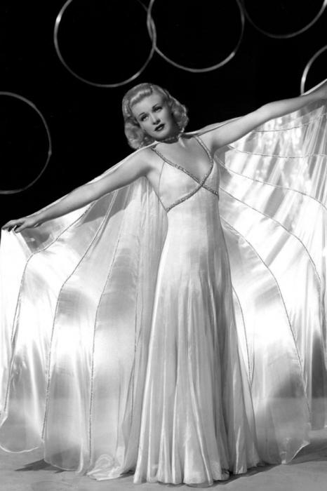 Американская актриса, певица и танцовщица, обладательница премии Оскар.