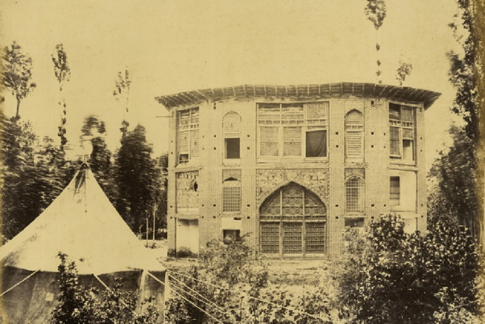 Небольшой дворец в Зангелане.