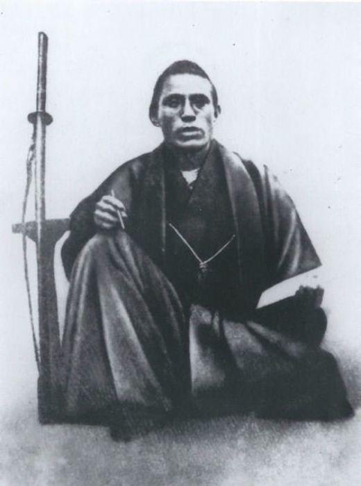 Японский политик, самурай из княжества Сацума.