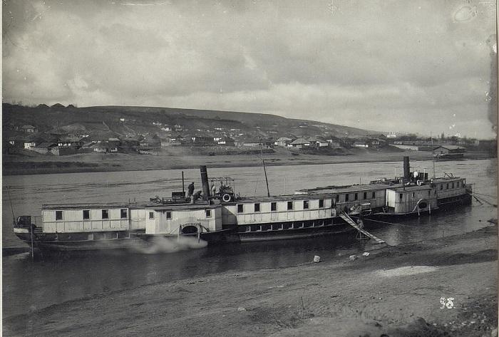 Ежедневный пароход на Днестре. Бессарабия, начало 20 века.