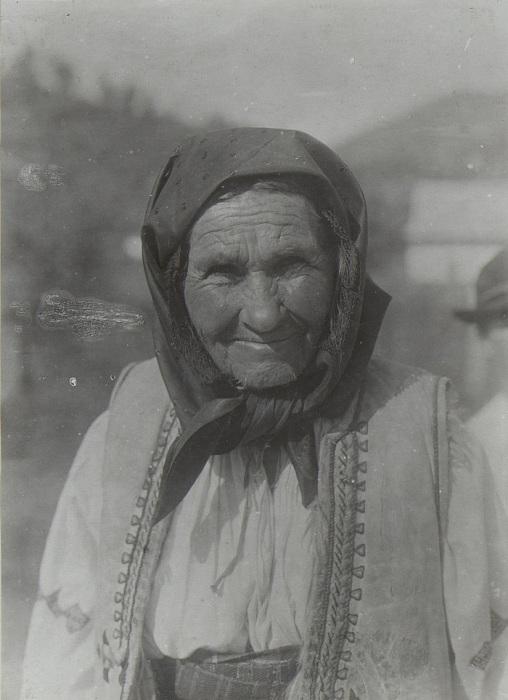 Бессарабская цыганка. Бессарабия, начало 20 века.