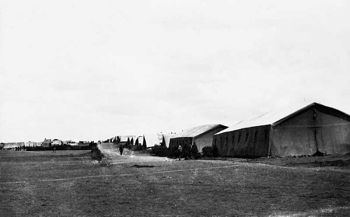 Полевой лагерь Сводно-стрелкового генерала Дроздовского полка. Галлиполи, 1921 год.