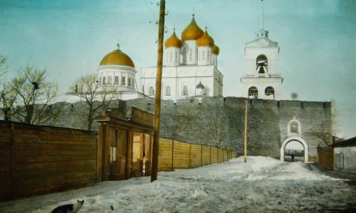 Православная церковь в Пскове.