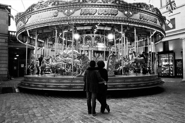 Карусель. Великобритания, Лондон, 1990 год.