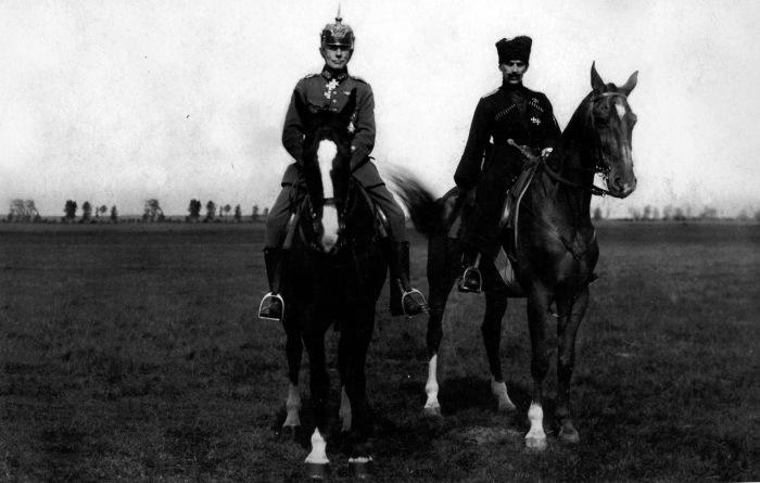 Генерал фон дер Гольц и Командующий Западной Добровольческой армией генерал-майор Бермонт-Авалов.