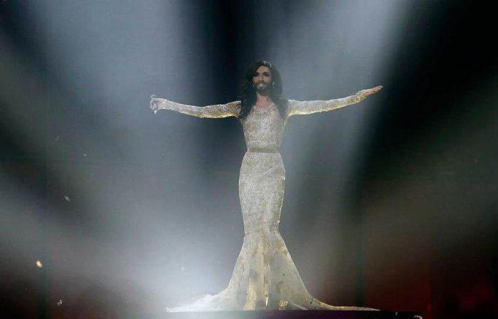 Кончита Вюрст во время репетиции полуфинала Евровидения в Копенгагене.