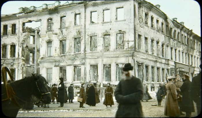 Разрушенное здание в Москве.
