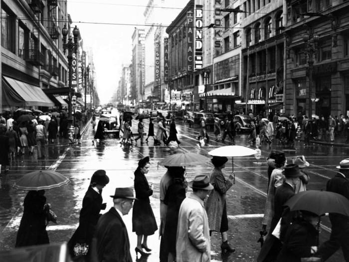 Дождливый день. Лос-Анджелес, Бродвей, 1939 год.