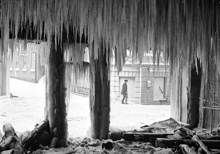 Обломки здания в Выборге.