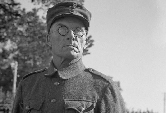 Финский солдат в Миккели. Финляндия, 4 сентября 1941 года.